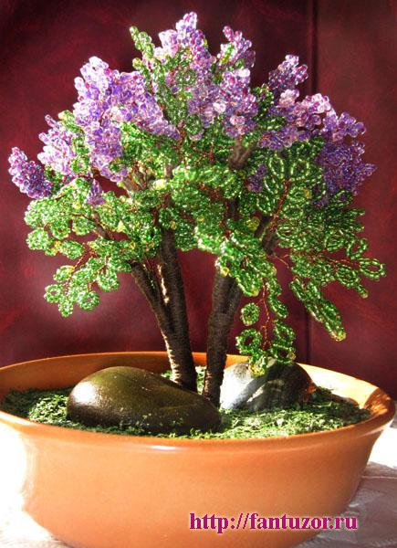сирень - дерево из бисера.